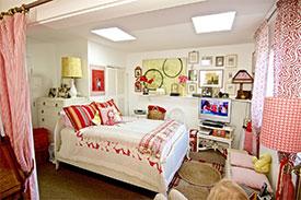 Venice Front Bedroom